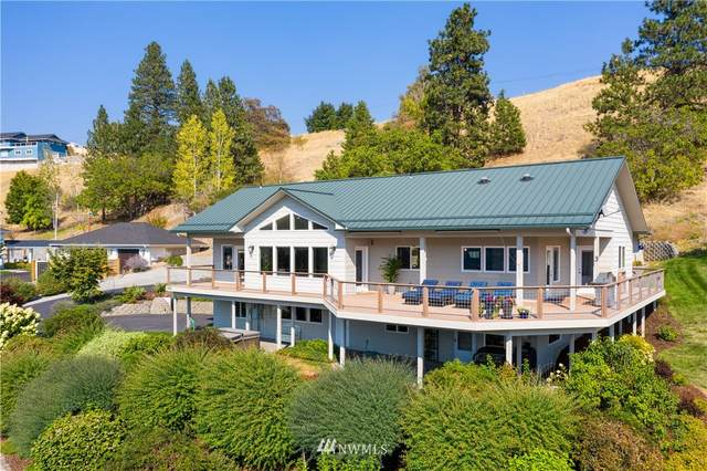 2960 Lakeshore Drive, Manson, WA 98831 (#1660669) :: Pacific Partners @ Greene Realty
