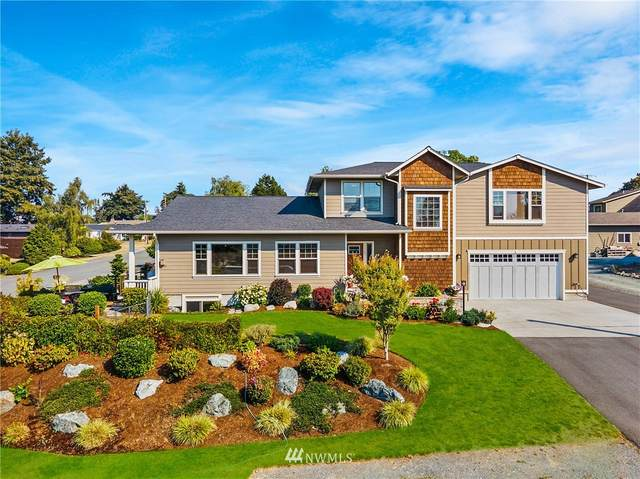 1109 D Avenue, Anacortes, WA 98221 (#1660747) :: Urban Seattle Broker