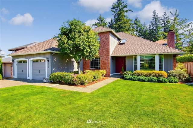 12644 SE 79th Court, Newcastle, WA 98056 (#1660864) :: Pacific Partners @ Greene Realty