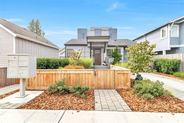 9033 17th Avenue SW, Seattle, WA 98106 (#1661040) :: Ben Kinney Real Estate Team