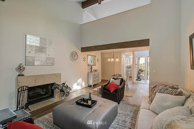 3945 108th Avenue NE, Bellevue, WA 98004 (#1661138) :: McAuley Homes
