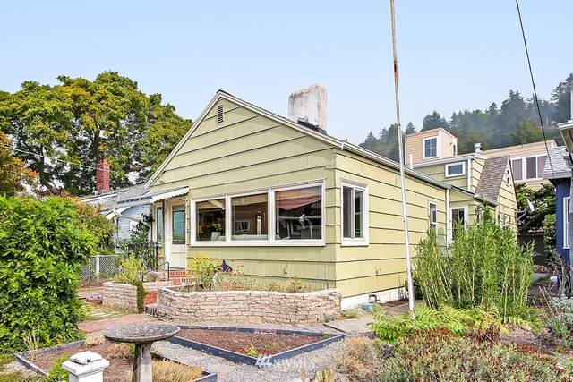 4110 Beach Drive SW, Seattle, WA 98116 (#1661250) :: Hauer Home Team