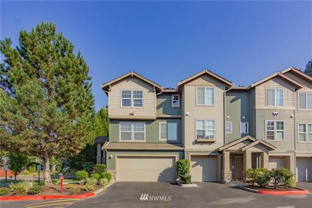 15325 SE 155th Place W-1, Renton, WA 98058 (#1661297) :: Lucas Pinto Real Estate Group