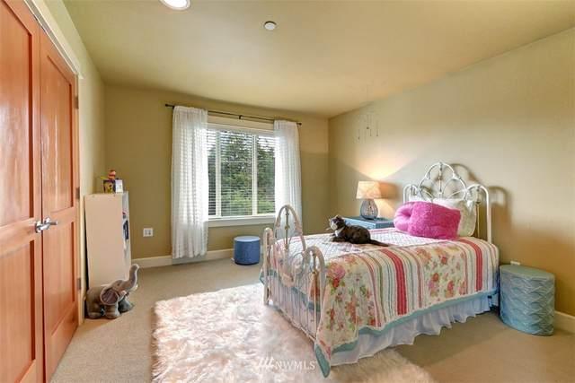 6721 111th Avenue NE, Kirkland, WA 98033 (#1661609) :: McAuley Homes