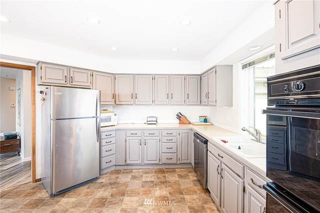 1805 Piper Circle, Anacortes, WA 98221 (#1661659) :: McAuley Homes