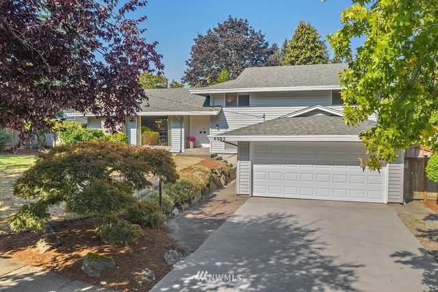 6593 123rd Avenue SE, Bellevue, WA 98006 (#1661825) :: Pacific Partners @ Greene Realty