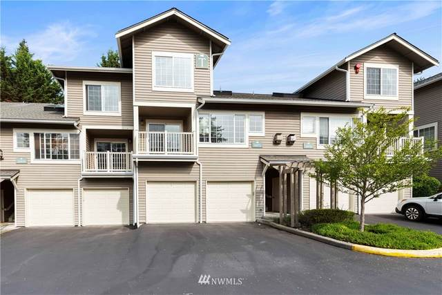 18572 NE 57th Street T1857, Redmond, WA 98052 (#1661961) :: Ben Kinney Real Estate Team