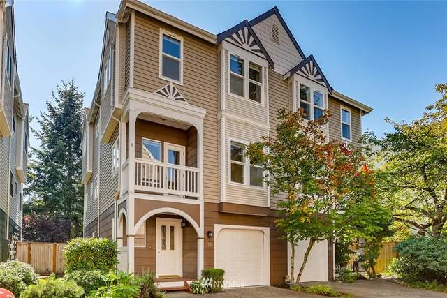 755 NW Juniper Street, Issaquah, WA 98027 (#1662042) :: Urban Seattle Broker