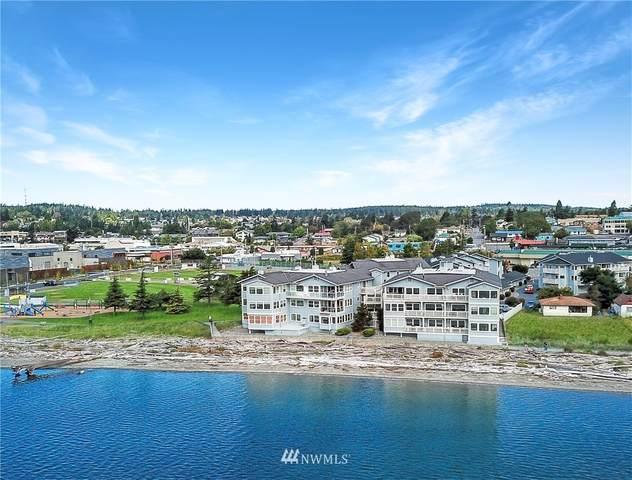 651 SE Bayshore Drive E101, Oak Harbor, WA 98277 (#1662114) :: Urban Seattle Broker