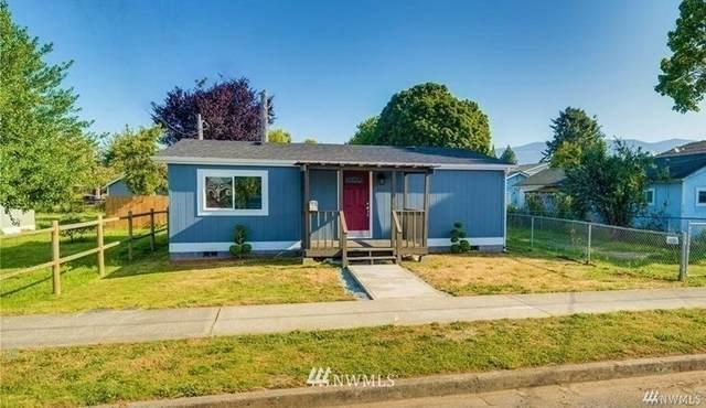 212 Gibson Street, Sedro Woolley, WA 98284 (#1662215) :: Hauer Home Team