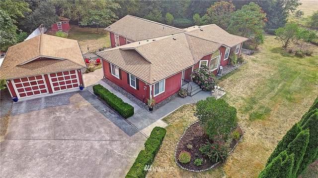 2810 Dogwood Lane, Camano Island, WA 98282 (#1662325) :: Pickett Street Properties
