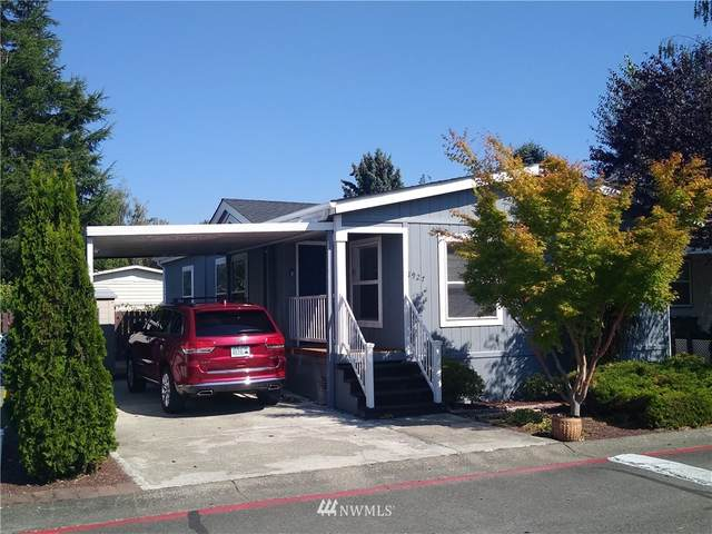 1927 Grand Fir Drive, Enumclaw, WA 98022 (#1662384) :: Hauer Home Team