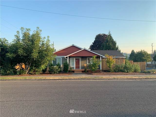 145 SW B Street, Castle Rock, WA 98611 (#1662449) :: NextHome South Sound