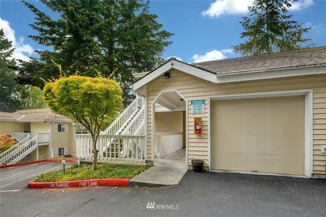 2500 118th Avenue SE #101, Bellevue, WA 98005 (#1662518) :: Keller Williams Realty