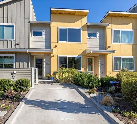 934 SW 96th Place, Seattle, WA 98106 (#1662593) :: Ben Kinney Real Estate Team