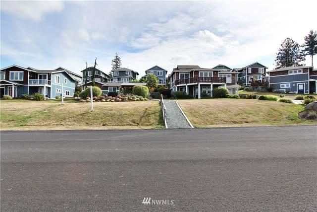 3911 Isle Way, Anacortes, WA 98211 (#1662754) :: Urban Seattle Broker