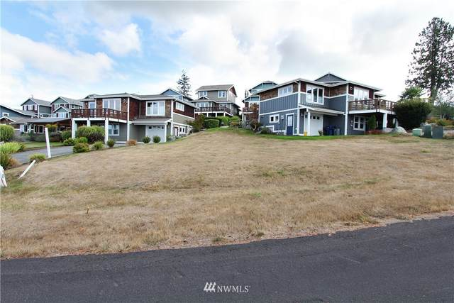 3915 Isle Way, Anacortes, WA 98211 (#1662757) :: Urban Seattle Broker