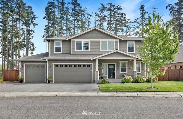 2722 SW Fairway Point Drive, Oak Harbor, WA 98277 (#1662900) :: Better Homes and Gardens Real Estate McKenzie Group