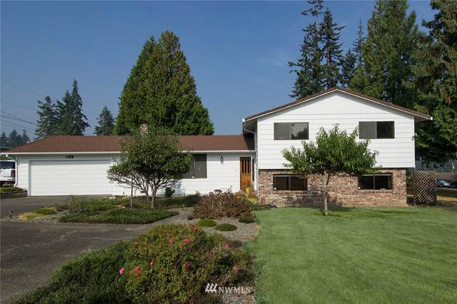 1108 S G Street, Port Angeles, WA 98363 (#1663023) :: McAuley Homes