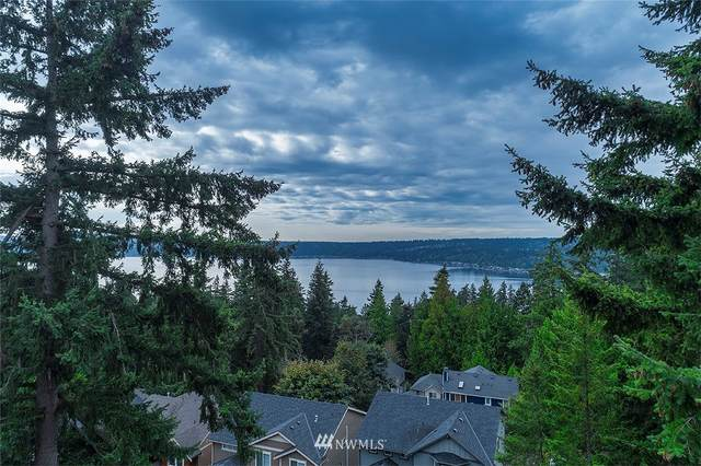 1528 209th Avenue NE, Sammamish, WA 98074 (#1663032) :: Pickett Street Properties