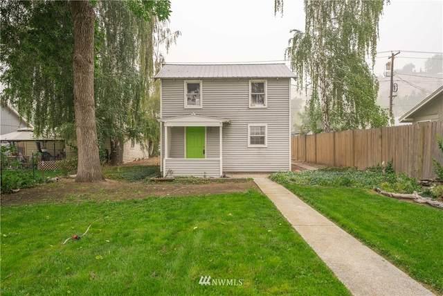 131 E Nixon Avenue, Chelan, WA 98816 (#1663073) :: Becky Barrick & Associates, Keller Williams Realty