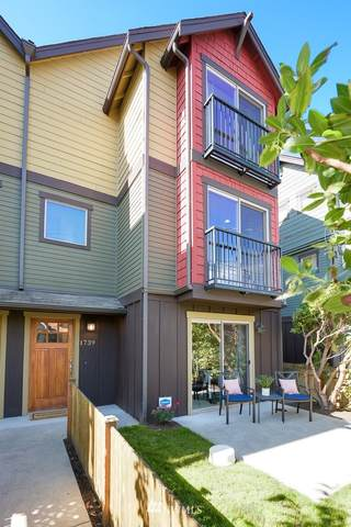 1739 25th Avenue S, Seattle, WA 98144 (#1663279) :: Ben Kinney Real Estate Team