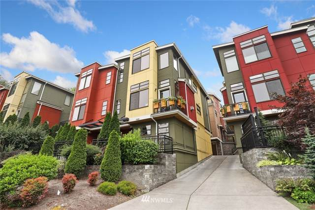 7751 Sand Point Way B, Seattle, WA 98115 (#1663306) :: Ben Kinney Real Estate Team