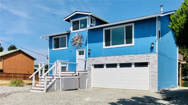102 Keystone Avenue, Coupeville, WA 98239 (#1663419) :: Urban Seattle Broker