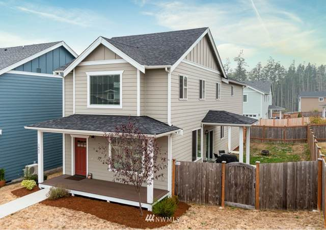 1662 NW 5th Avenue, Oak Harbor, WA 98277 (#1663521) :: Better Homes and Gardens Real Estate McKenzie Group