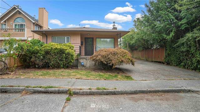 9522 Densmore Avenue N, Seattle, WA 98103 (#1663871) :: Hauer Home Team