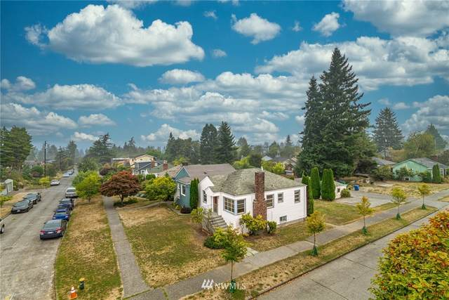 8002 30th Avenue NW, Seattle, WA 98117 (#1663948) :: Ben Kinney Real Estate Team