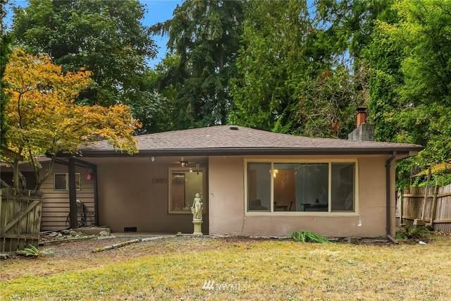 13721 26th Avenue NE, Seattle, WA 98125 (#1663999) :: NextHome South Sound