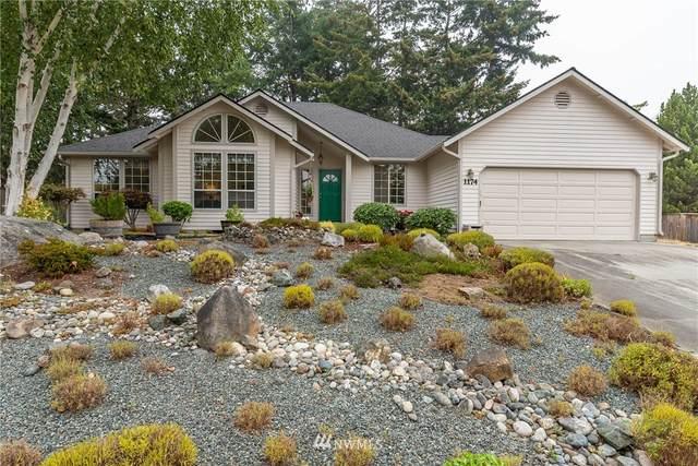 1174 SW Kalama Loop, Oak Harbor, WA 98277 (#1664035) :: Better Homes and Gardens Real Estate McKenzie Group