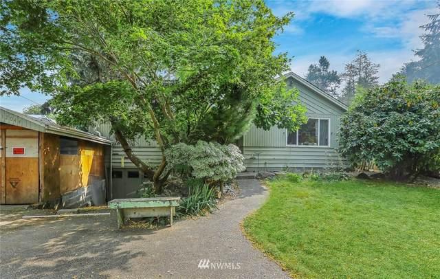12044 14th Avenue NE, Seattle, WA 98125 (#1664062) :: Pickett Street Properties