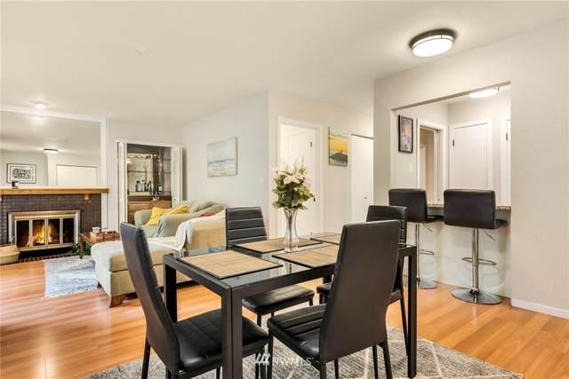 12840 SE 40th Court C4, Bellevue, WA 98006 (#1664209) :: Ben Kinney Real Estate Team