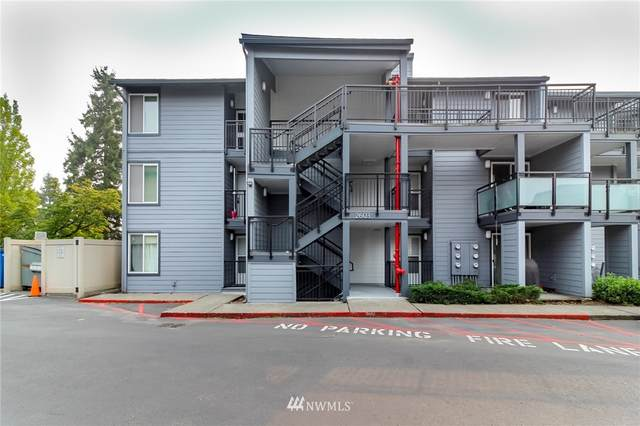 2603 Ne 4th St #624, Renton, WA 98056 (#1664309) :: Ben Kinney Real Estate Team