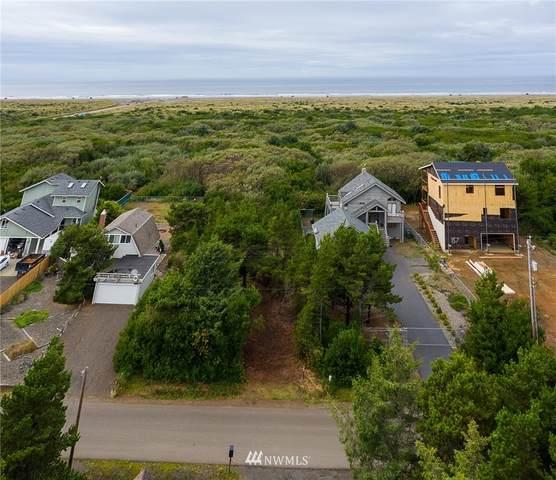 143 Sand Dune Avenue NW, Ocean Shores, WA 98569 (#1664449) :: Alchemy Real Estate