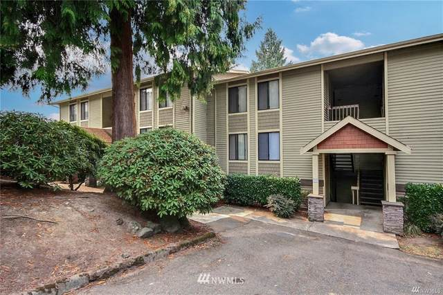 11807 100th Avenue NE B102, Kirkland, WA 98034 (#1664525) :: Ben Kinney Real Estate Team