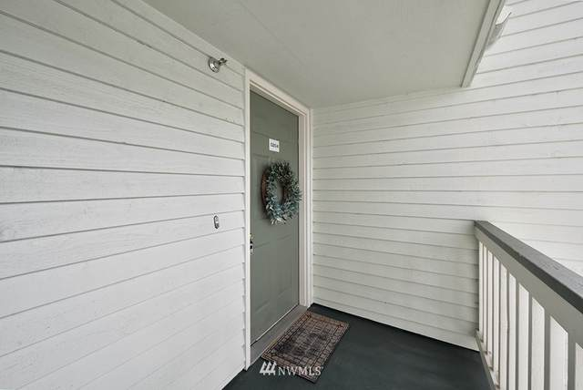 25035 98th Place S D204, Kent, WA 98030 (#1664704) :: Tribeca NW Real Estate