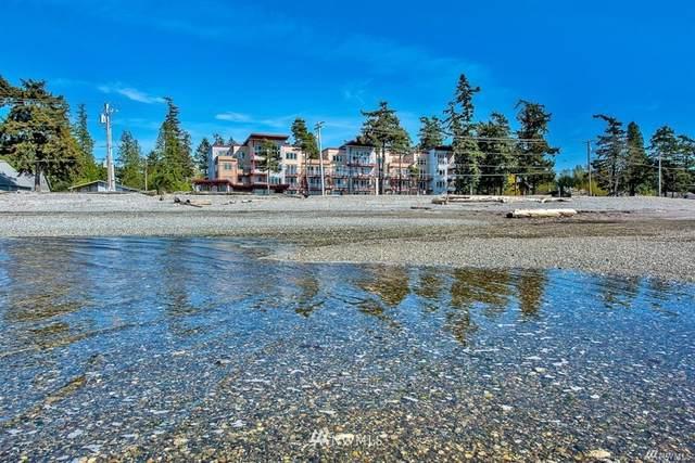 7714 Birch Bay Drive #405, Birch Bay, WA 98230 (#1664824) :: Pacific Partners @ Greene Realty