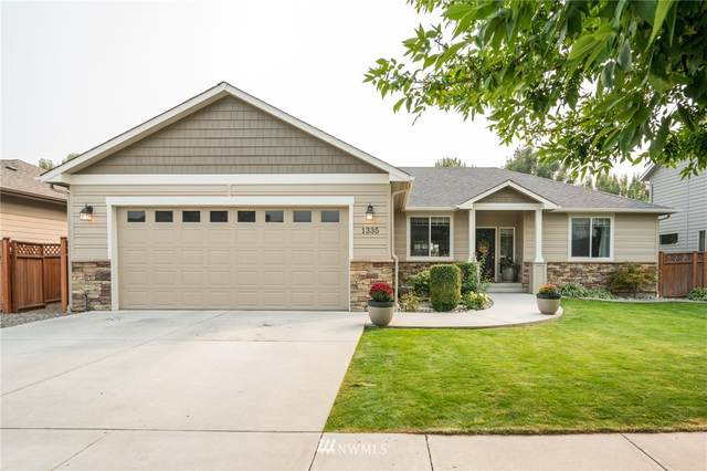1335 Boulder Loop, East Wenatchee, WA 98802 (#1665288) :: Becky Barrick & Associates, Keller Williams Realty