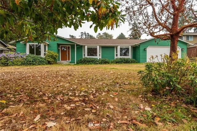 2140 Colonial Way, Oak Harbor, WA 98277 (#1665347) :: Alchemy Real Estate