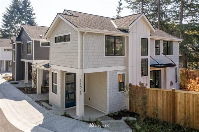 11533 112th Court NE, Kirkland, WA 98033 (#1665661) :: Ben Kinney Real Estate Team
