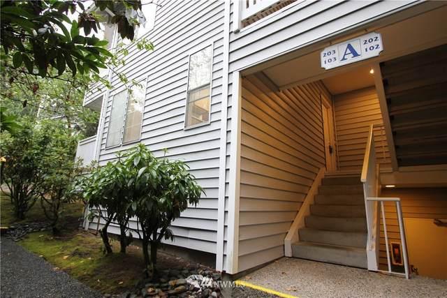 1800 NE John Carlson Road A103, Bremerton, WA 98311 (#1665995) :: Capstone Ventures Inc