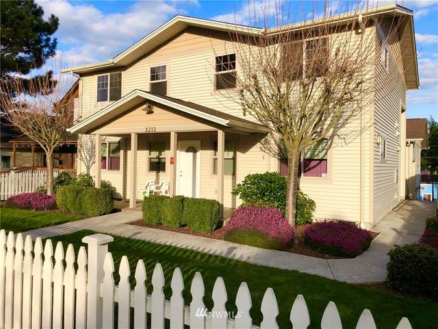 3213 Oakes Avenue, Everett, WA 98201 (#1666044) :: The Torset Group