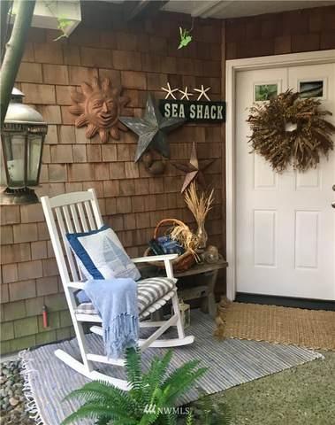 2815 Willows Road #110, Seaview, WA 98644 (#1666063) :: NextHome South Sound