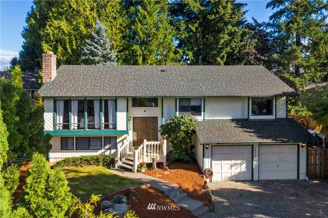 26922 Saxon Court, Kent, WA 98032 (#1666332) :: Hauer Home Team