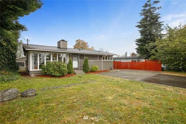 27037 16th Avenue S, Des Moines, WA 98198 (#1666384) :: Urban Seattle Broker