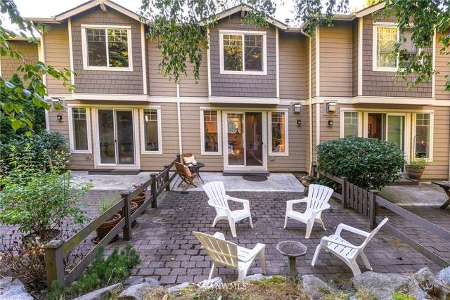 3500 E Lake Sammamish Parkway SE 8-104, Sammamish, WA 98075 (#1666459) :: Ben Kinney Real Estate Team