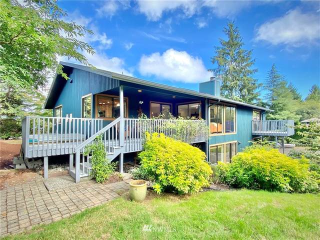 7563 NE Meadowmeer Lane, Bainbridge Island, WA 98110 (#1666658) :: Mike & Sandi Nelson Real Estate